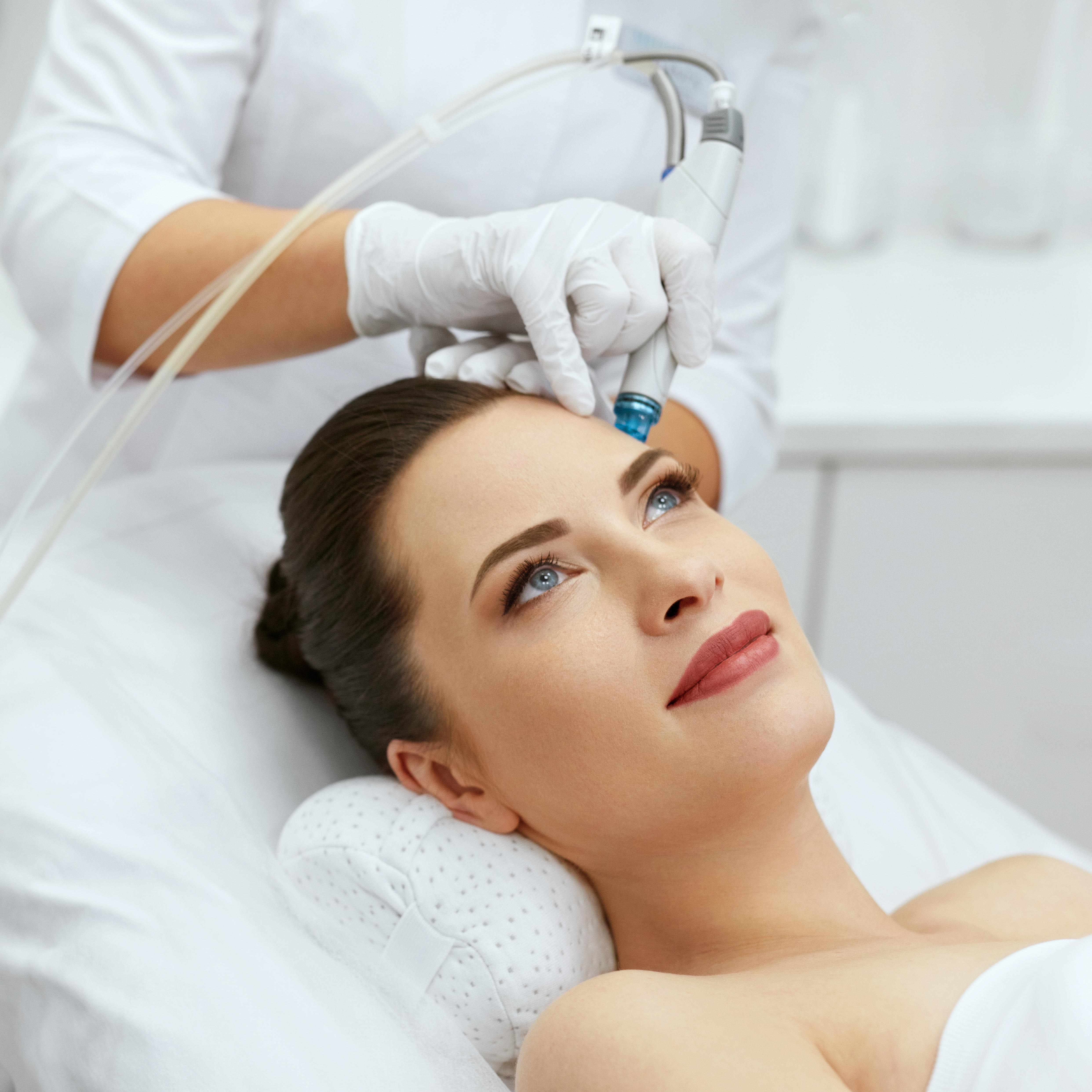 Kaltes Plasma und Hydra Facial - die neuen Beauty-Trends